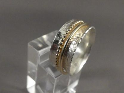 damesring bicolor met bewegend gouden ringetje