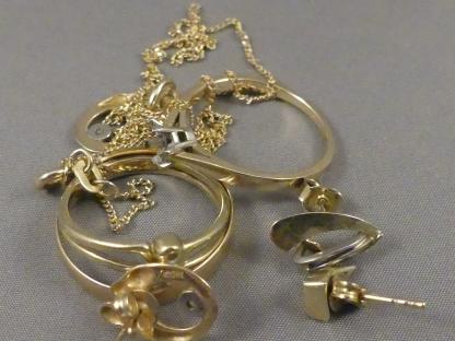 Oud goud omsmelten naar nieuw sieraad