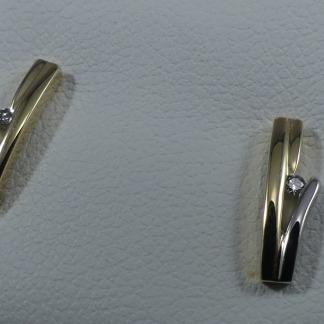 Bicolor oorbellen met diamant